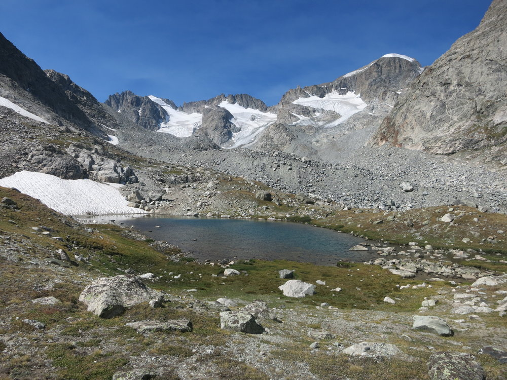 Beautiful little tarn before our junction with the Glacier Trail.